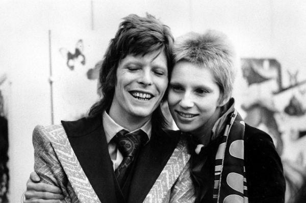 1975 год, Дэвид Боуи и Анжела Боуи