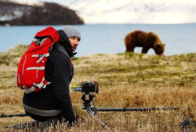 Дмитрий Шпиленок на съёмках в Южно-Камчатском заказнике.
