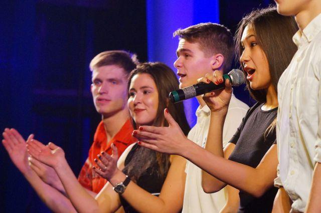 Юмористы погранинститута ФСБ представят Калининград на фестивале КВН в Сочи.
