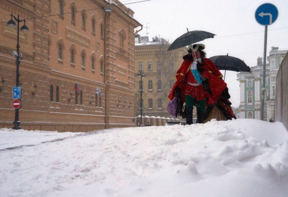 В Петербурге снегопад может продолжаться до трех суток.