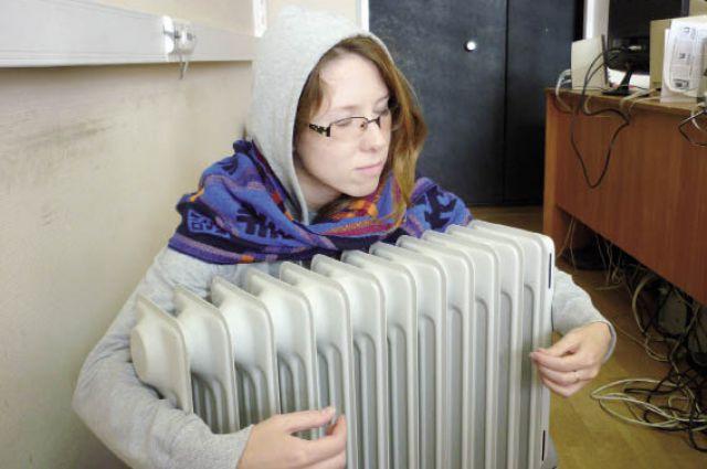 Новосибирцы ждут потепления в квартирах