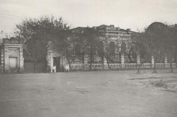 Чертёжный цех омской картографической фабрики в доме Колчака, 1976 год