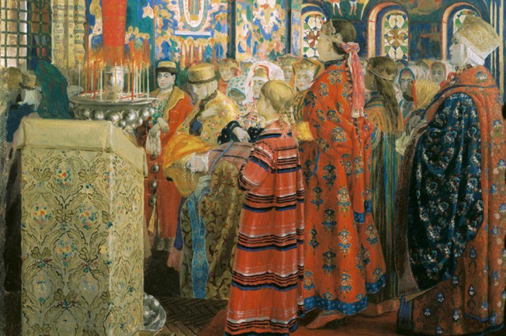Основой женского костюма также была длинная рубаха. Поверх белой или красной рубашки с вышивкой на рукавах надевали длинный шелковый летник, застёгивавшийся до горла.