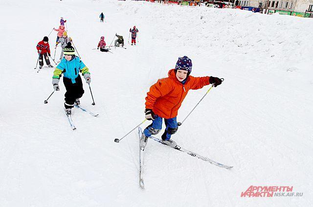Зима, лыжи, коньки, санки, активный отдых и отличное настроение – вот тема нашего нового фотоконкурса.