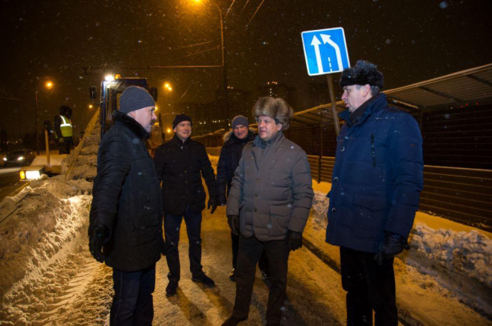 Мэр Казани тоже участвует в ночных объездах.