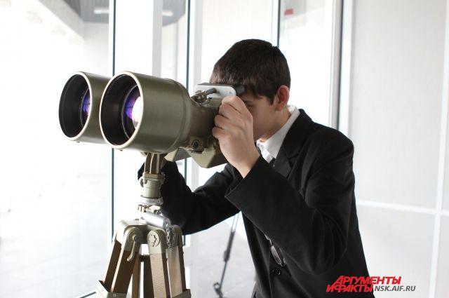 Новосибирцы могут наблюдать парад планет.