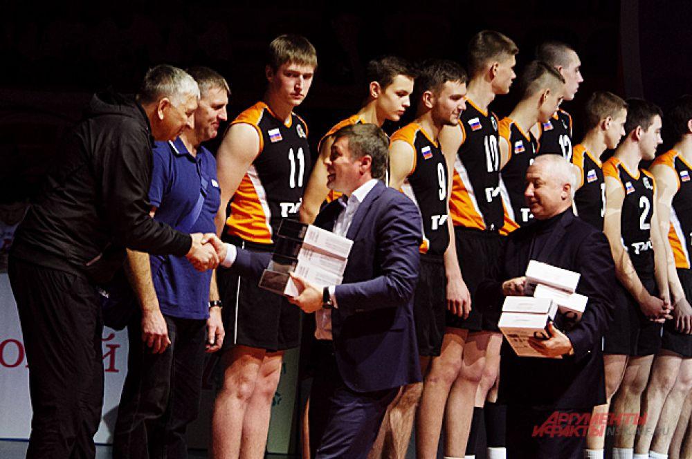 Второе место досталось команде из Сербии, а третье команде из Зеленогорска.