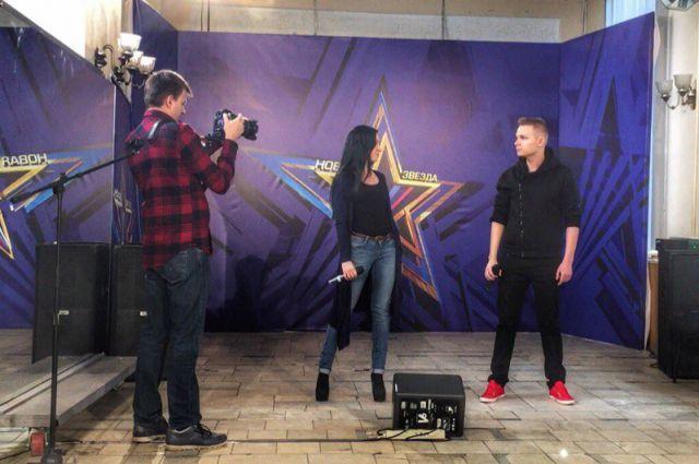 Виктория Грушко и Дмитрий Казельский уже готовы к съёмках первого эфира.