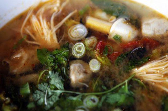 Как варить куриный бульон для супа? Простой рецепт!