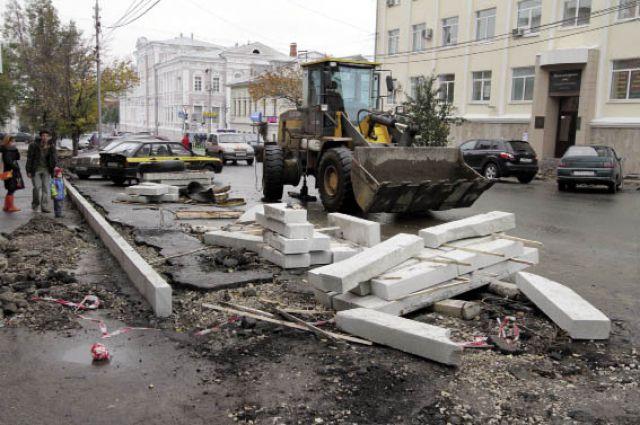 В прошлом году в Перми на ремонт дорог потратили 200 млн руб. Часть из них - неэффективно.
