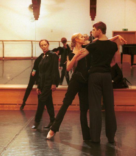 Майя Плисецкая и Анастасия Волочкова на репетиции балета «Кармен-сюита».