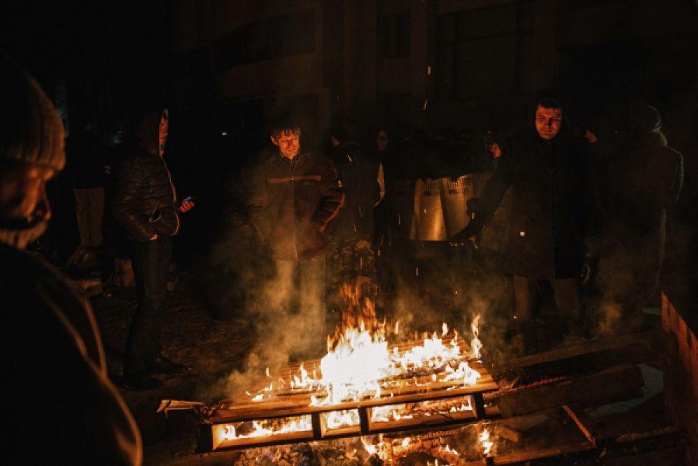 Участники протестных выступлений.