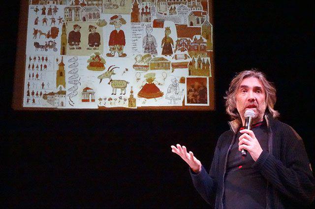 Михаил Алдашин обожает созданных им сказочных героев.