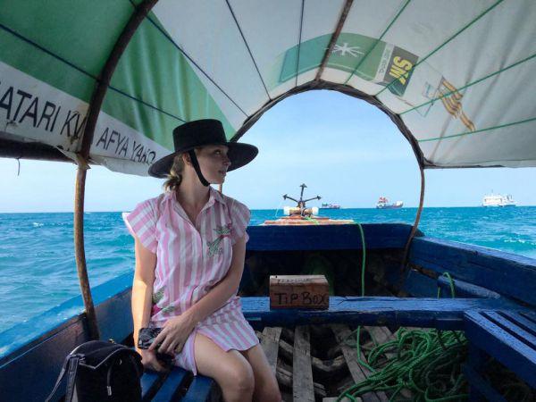 Ольга Нарвоцкая отпуск звезда проводит в Танзании