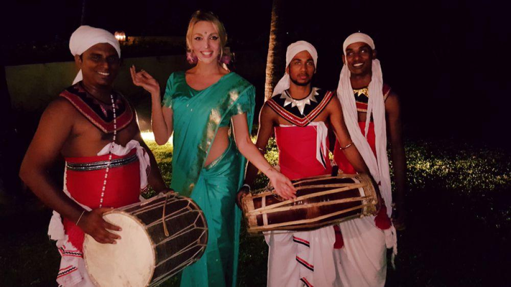 Оля Полякова тоже отправилась на Шри-Ланку
