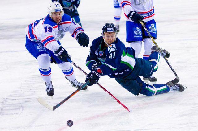 СегодняХК «Югра» примет на собственном  льду тольяттинскую «Ладу»