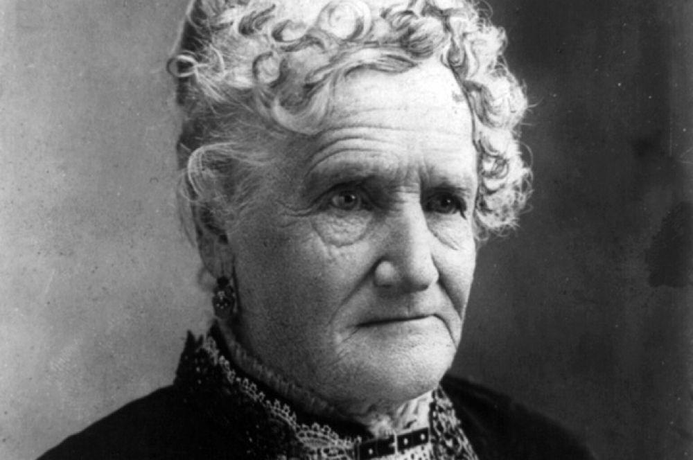 Эстер Хобарт Моррис — американский общественный деятель. Первая женщина-судья в США.