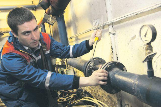 Более 500 млн рублей задолжали тепловикам организации.