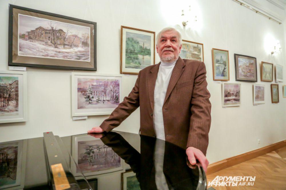 Евгений Канев на выставе в доме-музее Боратынского.