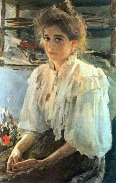 Представленный на выставке портрет двоюродной сестры художника Марии Львовой (1895), которая изображена в знаменитой «Девушке, освещенной солнцем», увидеть уже нельзя. Картина вернулась в Музей Орсе во Францию.