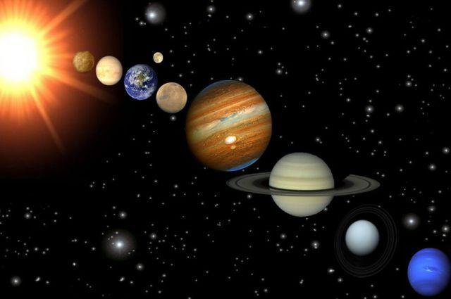 Над горизонтом будут видны пять ярких планет.