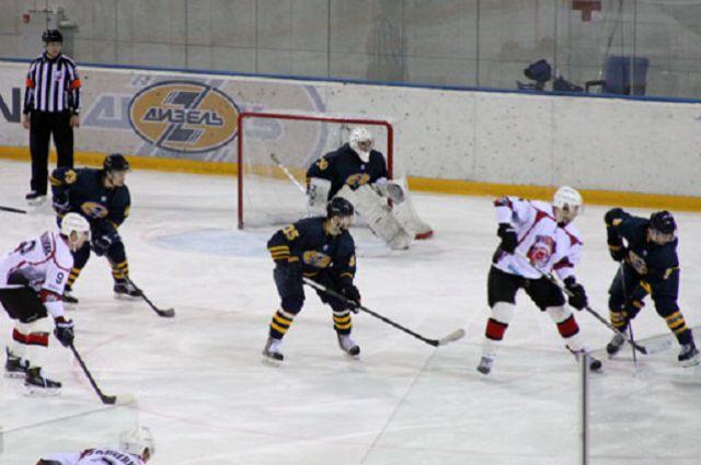 09:12 0 6  Пензенский Дизель потерпел поражение в домашнем матче ВХЛНаши хоккеисты вновь проиграли по буллитам