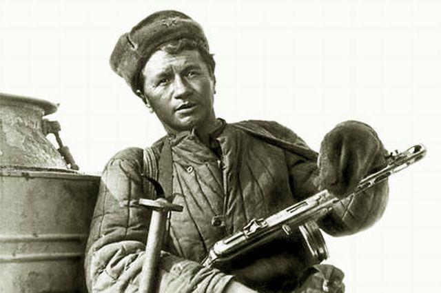 Леонид Быков - известный актер, кинорежиссер и сценарист.  Народный артист УССР (1974)