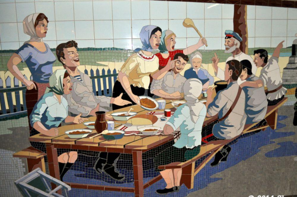 На многих мозаиках угадываются образы героев романов Михаила Шолохова.