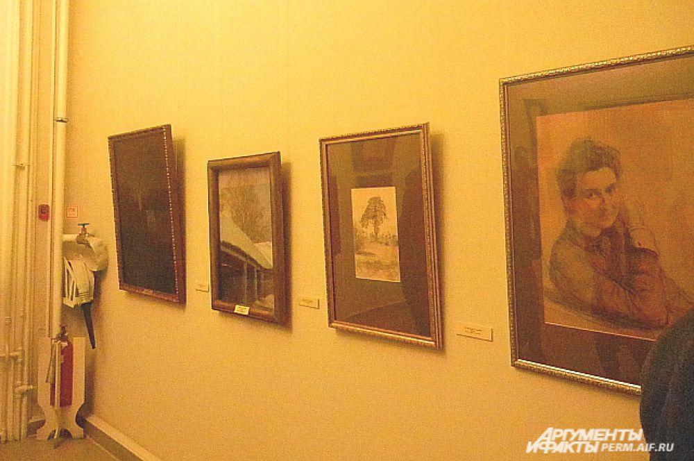 Также на выставке в Пермской галерее можно увидеть живописную работу «Пейзаж» и карандашный рисунок «Абрамцево».