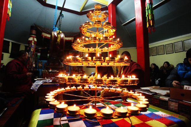 Буддисты готовятся встретить Новый год.