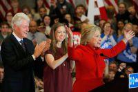 Хиллари Клинтон на первичных партийных выборах в Айове, США.