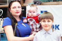 «С появлением детей из дома уходят тишина, покой и деньги. Но приходит счастье», - так считает мама двоих детей Татьяна Баланцева.