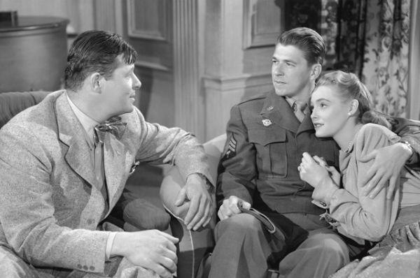 1949 год, фильм «Джон любит Мэри».