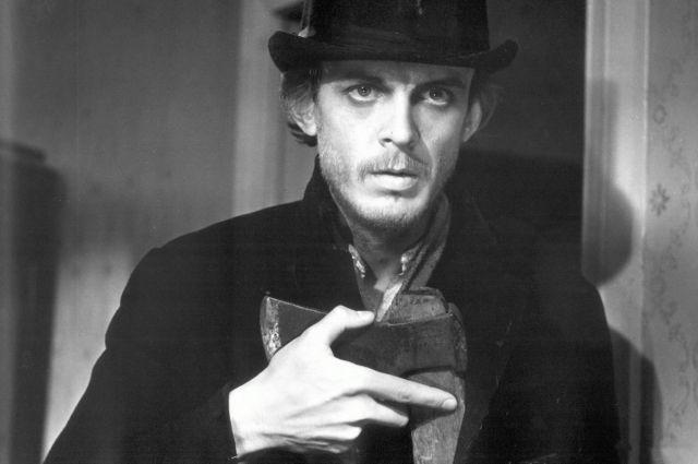 Одной из лучших экранизаций романа считается чёрно-белая лента режиссёра Льва Кулиджанова с Георгием Тараторкиным в роли Раскольникова.