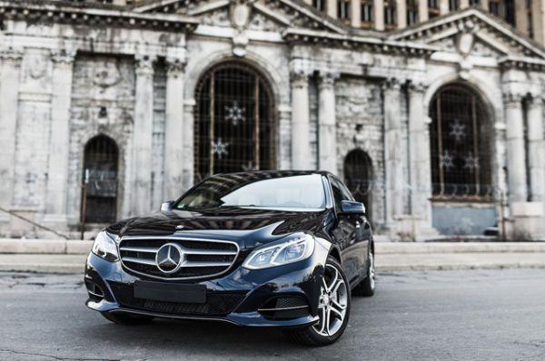 Mercedes E-Class выбирают в двух регионах.