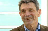 Габриель Галис, президент Международного научно-исследовательского института мира в Женеве.