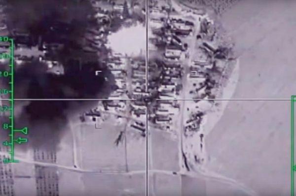 В провинции Ракка российскими самолетами уничтожен крупный склад ГСМ и нефтеперекачивающая станция.
