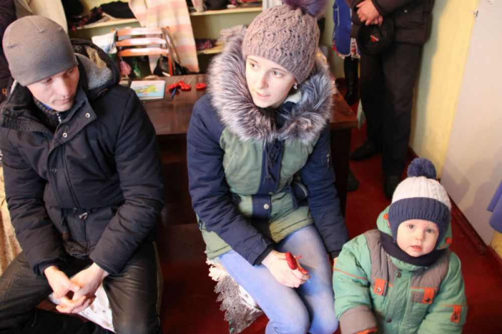Вот такие молодые семьи - главная целевая аудитория магазина-клуба