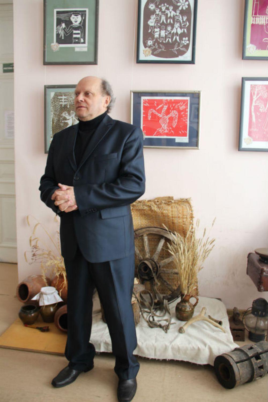 Директор школы искусств Владимир Фролов о детях, музыке и живописи может говорить часами