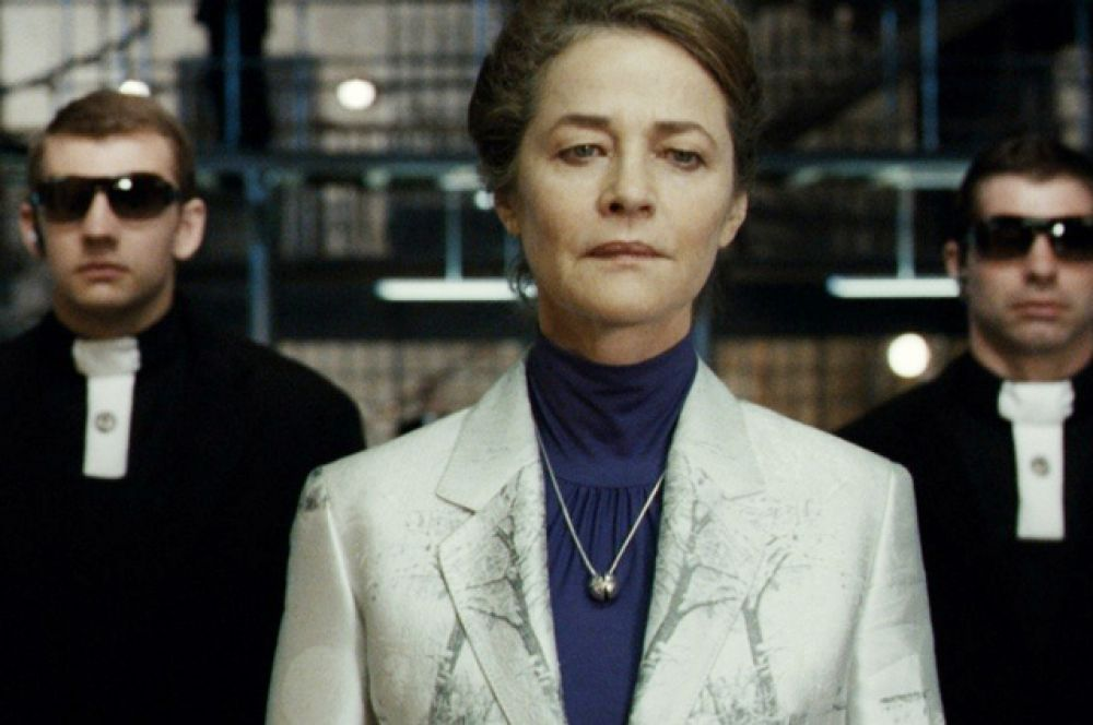 В 2006 году актриса возглавляла жюри 56-го Берлинского международного кинофестиваля. В фильме «Вавилон Н.Э.», 2008 год.