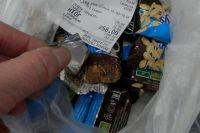 Похитители украли конфет на 100 тысяч рублей.