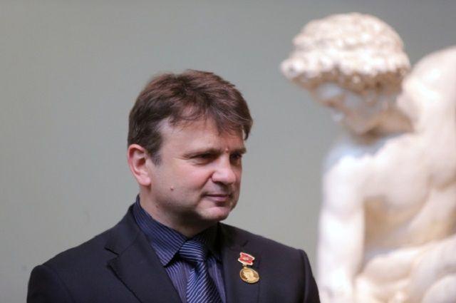 Член Высшего совета «Единой России» Тимур Кизяков. Досье