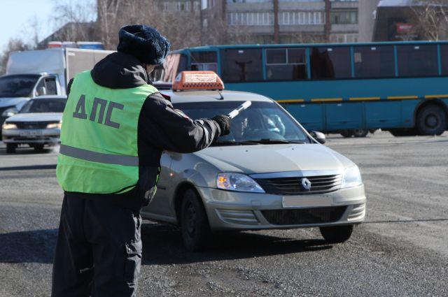 Накануне организатор преступной группы был лишен водительских прав за управление автомобилем в состоянии наркотического опьянения.