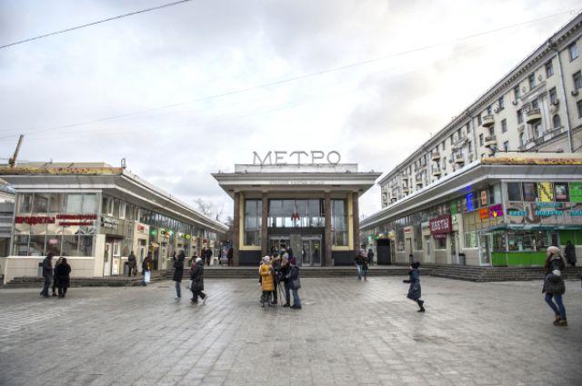 Москва начинает снос 100 торговых объектов, признанных самостроем