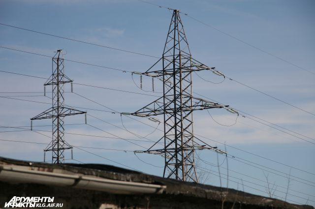 Калининградцы за год украли электроэнергии на 77,8 млн рублей.