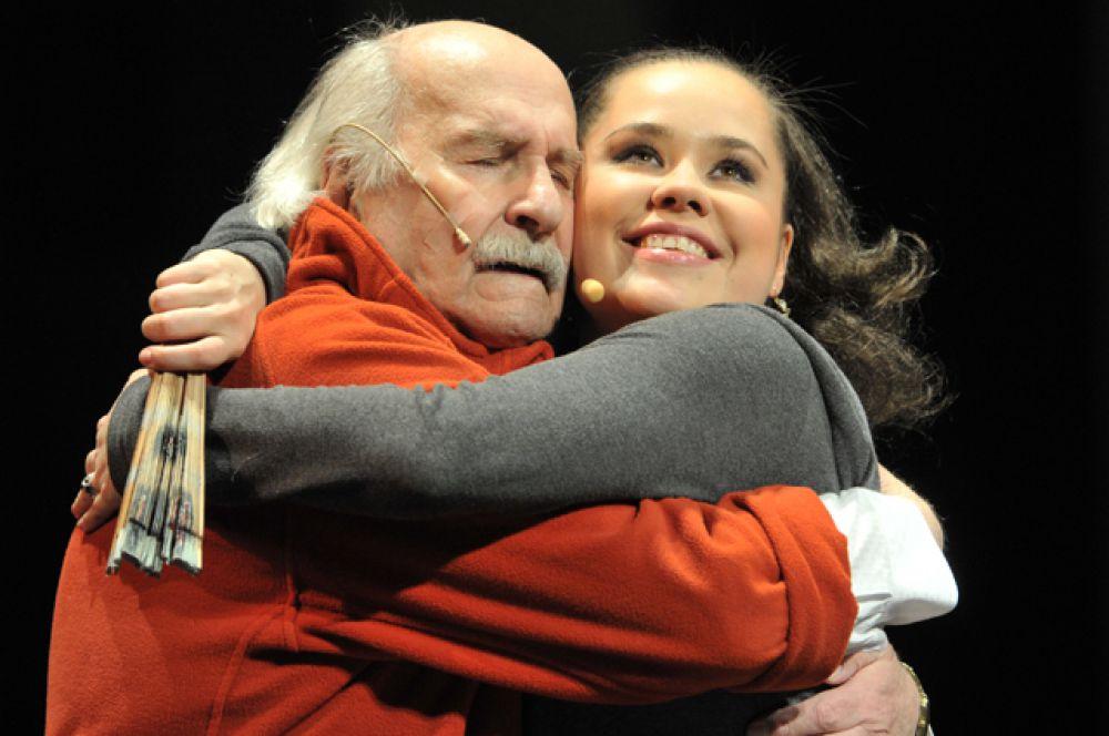 С Татьяной Морозовой в сцене из спектакля «Танцы с учителем», 2010 год.
