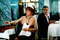 Фильм вышел на экраны 11 февраля 1983 года.