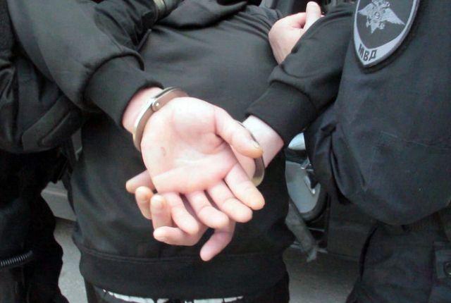 Гражданские супруги в обоих случаях были ранее судимы и имели наркозависимость.