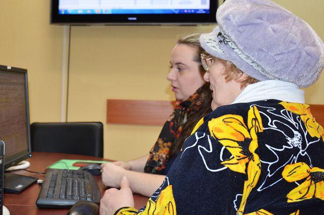 Старшие по домам научились пользоваться электронными сервисами водоканала.