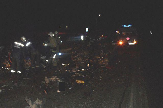 ВСуворовском районе столкнулись фургон и«девятка»: есть пострадавшие
